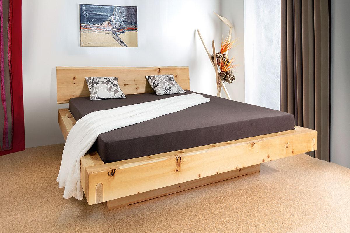 Mit Massivholzbetten von Relax schafen Sie eine natürliche und metallfreie Schlafumgebung.